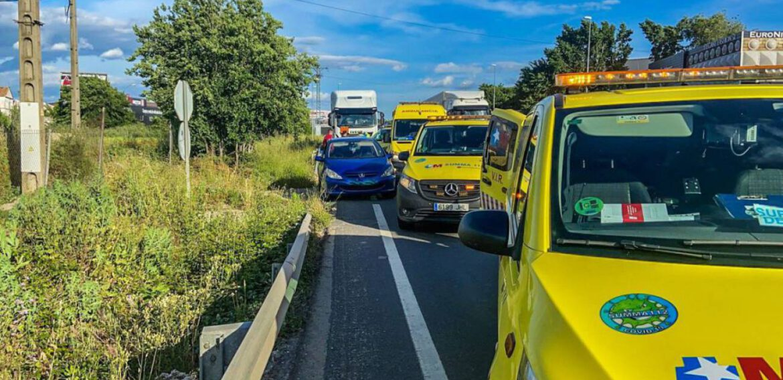 Una cadena de supervivencia en plena carretera en Madrid salva una vida