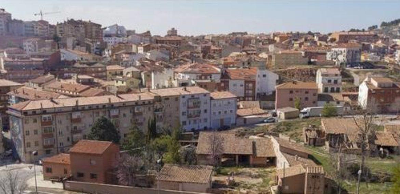 Un policía fuera de servicio salva la via a un niño de Teruel.