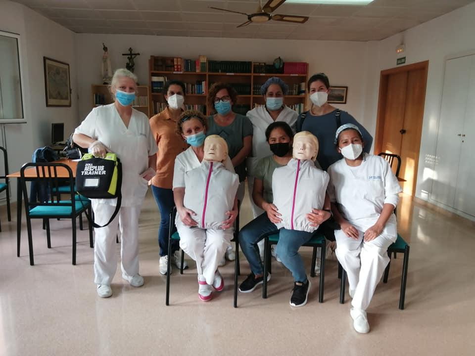 Curso de SVB y Primeros Auxilios a trabajadoras de la Fundacion San Camil